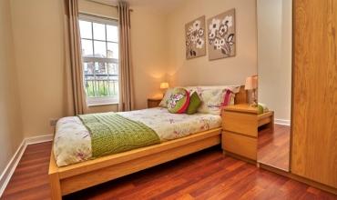 luxury-double-room-dg98-01