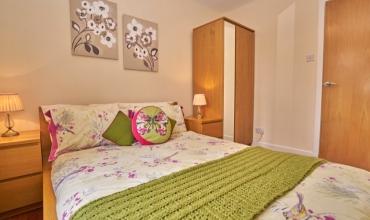 luxury-double-room-dg98-02
