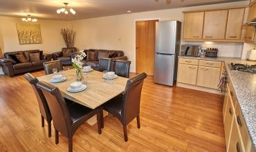 open-plan-living-dining-kitchen-dg82-01