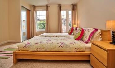 twin-bedroom-dg98-02