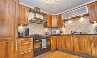 self-catering-edinburgh-kitchen-lp202-01